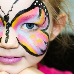 girl-butterfly-face-paint